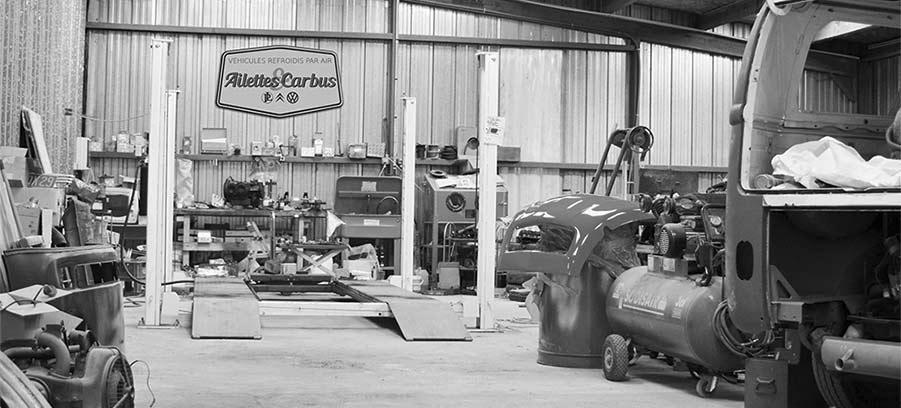 atelier de véhicules anciens
